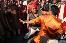Mumbai: Dance Off
