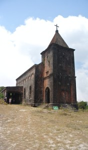 Bokor Hill: church