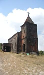 Bokor Hill: church