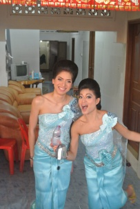 Linda and Laura- enjoying their 1st outfit of the day !